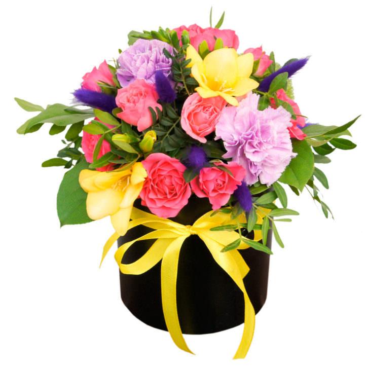 """Цветы в коробке """"Ласковая мечта"""""""