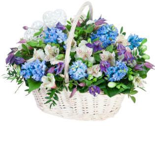 Цветы в корзинке «Седьмое небо»